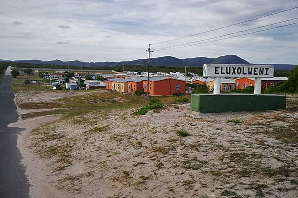 Strife in vulnerable Eluxolweni: A chance to step up?